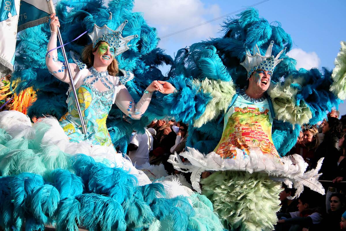 Carnaval sustentável: como curtir a festa  com produtos reutilizáveis