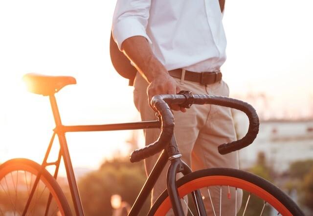 Vá ao trabalho de bicicleta